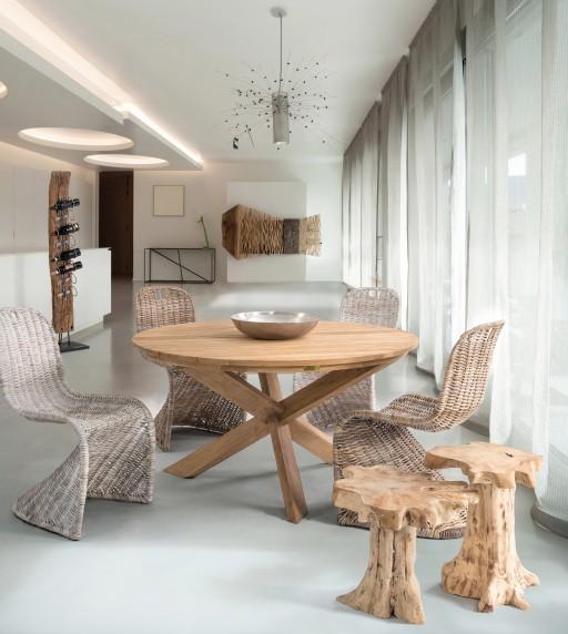 Ambient interior scaun Zacarias si masa Rift